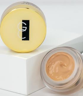Clean Canvas Eye Concealer & Base