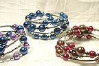 Color Beads Memory Wire BRACELET in Blue/Red